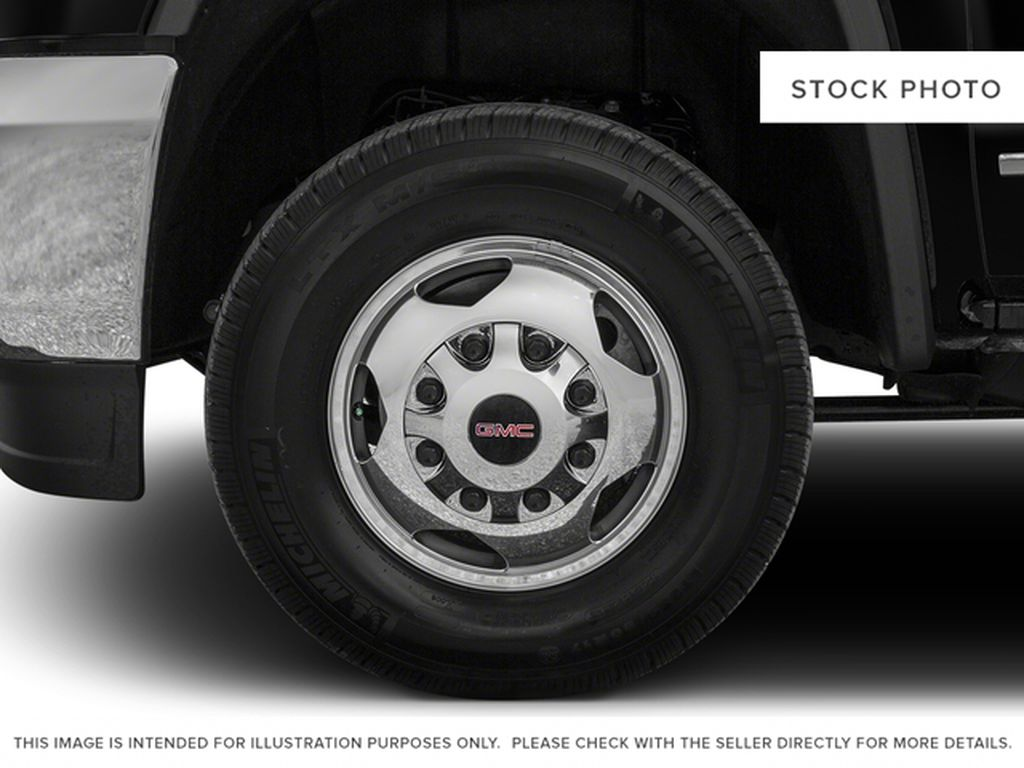 Black[Onyx Black] 2017 GMC Sierra 3500HD Left Front Rim and Tire Photo in Fort Macleod AB