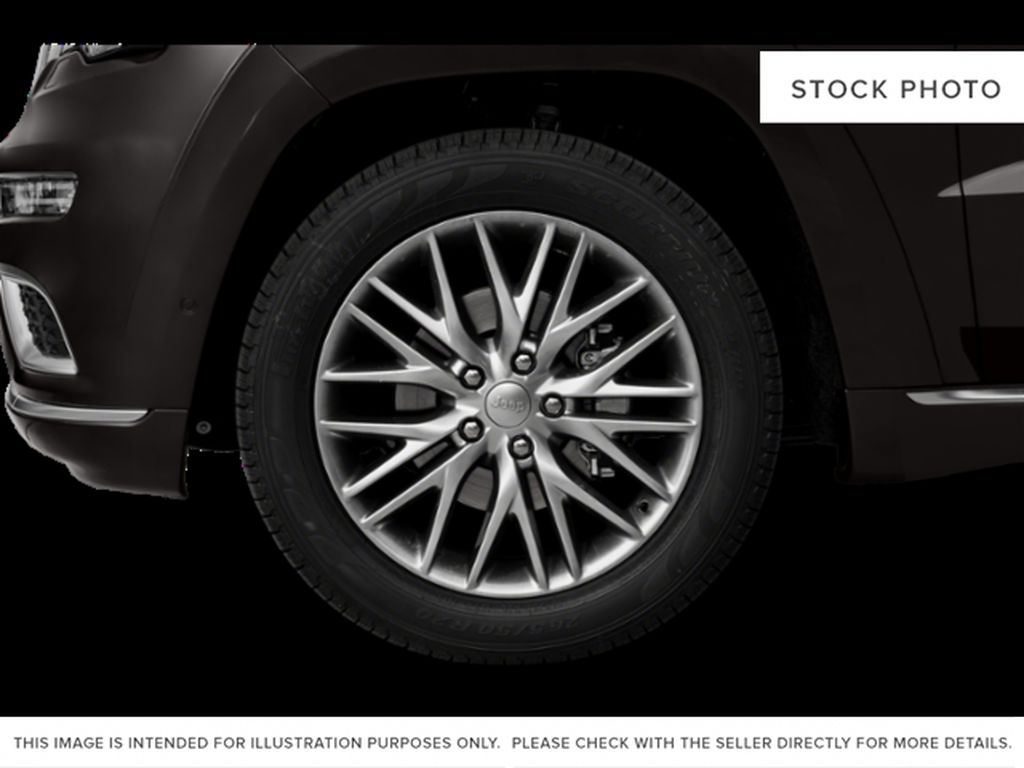 White[Bright White] 2018 Jeep Grand Cherokee Left Front Rim and Tire Photo in Fort Macleod AB