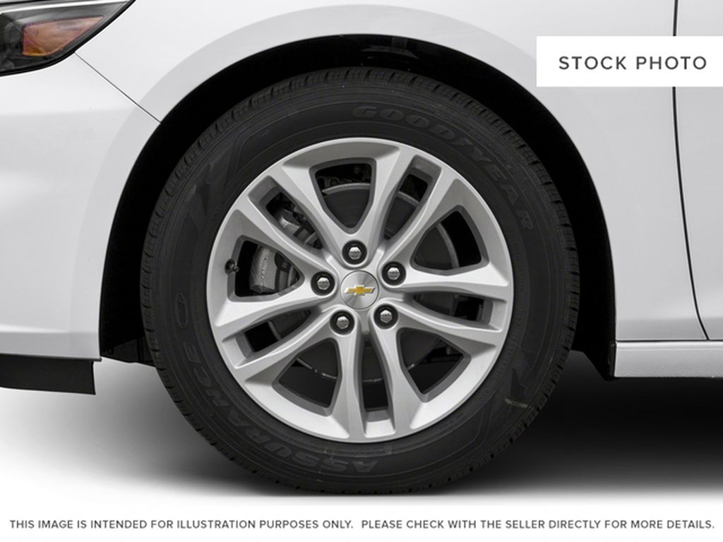 2018 Chevrolet Malibu Left Front Rim and Tire Photo in Fort Macleod AB