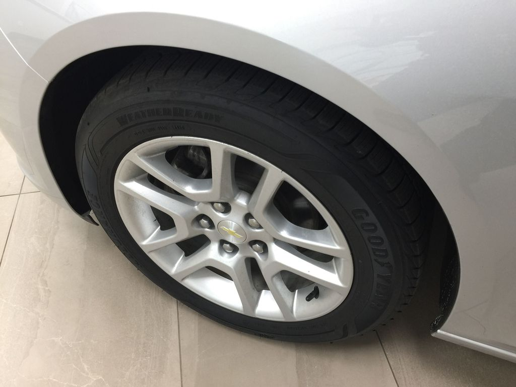 SILVER 2015 Chevrolet Malibu LT 1LT Left Front Rim and Tire Photo in Sherwood Park AB