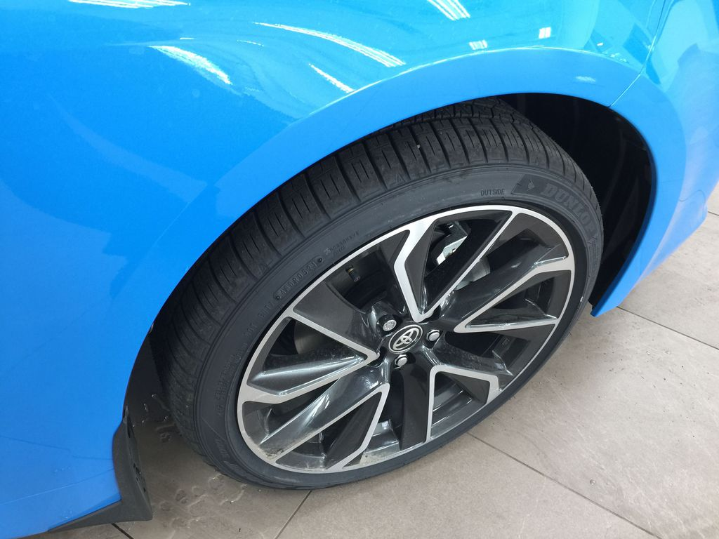 Blue[Blue Flame w/Black Roof] 2021 Toyota Corolla SE Upgrade Hatchback Right Front Rim and Tire Photo in Sherwood Park AB