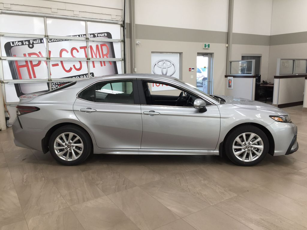 Silver[Celestial Silver Metallic] 2021 Toyota Camry SE FWD Right Side Photo in Sherwood Park AB