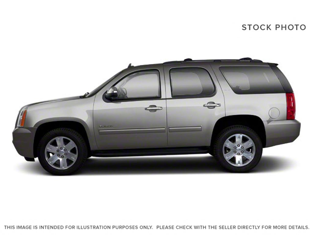 Silver[Pure Silver Metallic] 2011 GMC Yukon Left Side Photo in Fort Macleod AB