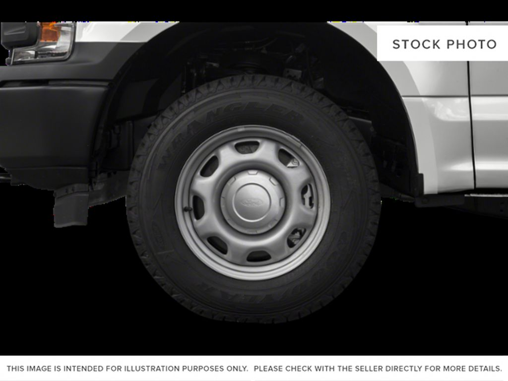 Black[Agate Black] 2020 Ford F-150 Left Front Rim and Tire Photo in Fort Macleod AB