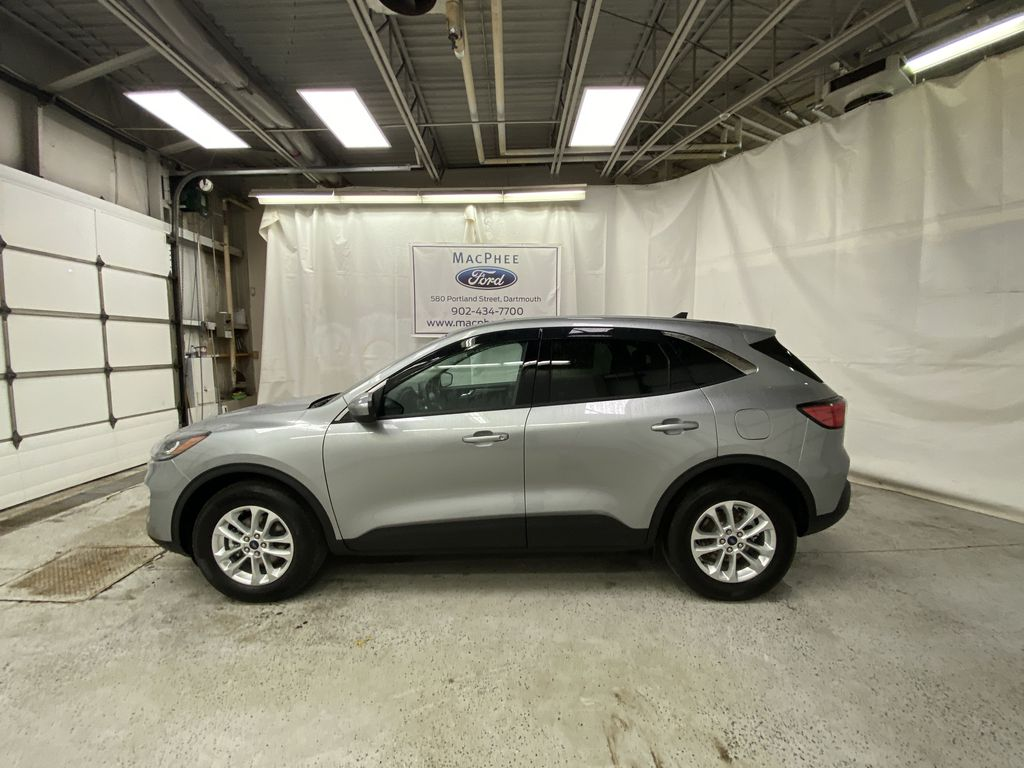 Silver[Iconic Silver Metallic] 2021 Ford Escape Left Side Photo in Dartmouth NS