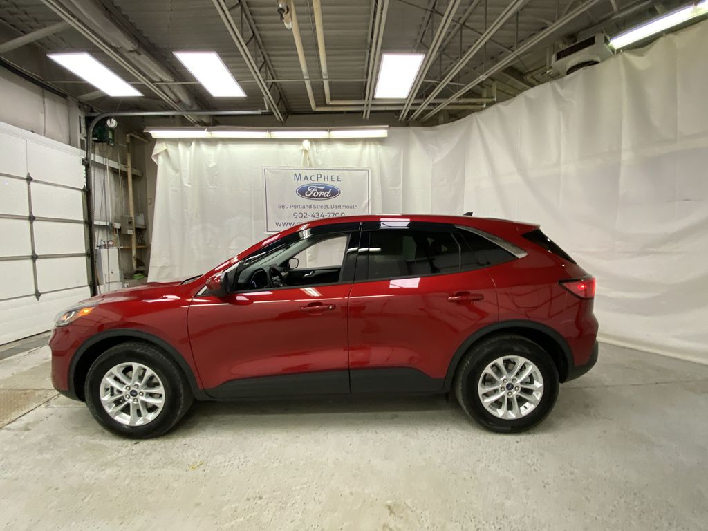 Red[Rapid Red Metallic Tinted Clearcoat] 2021 Ford Escape Left Side Photo in Dartmouth NS