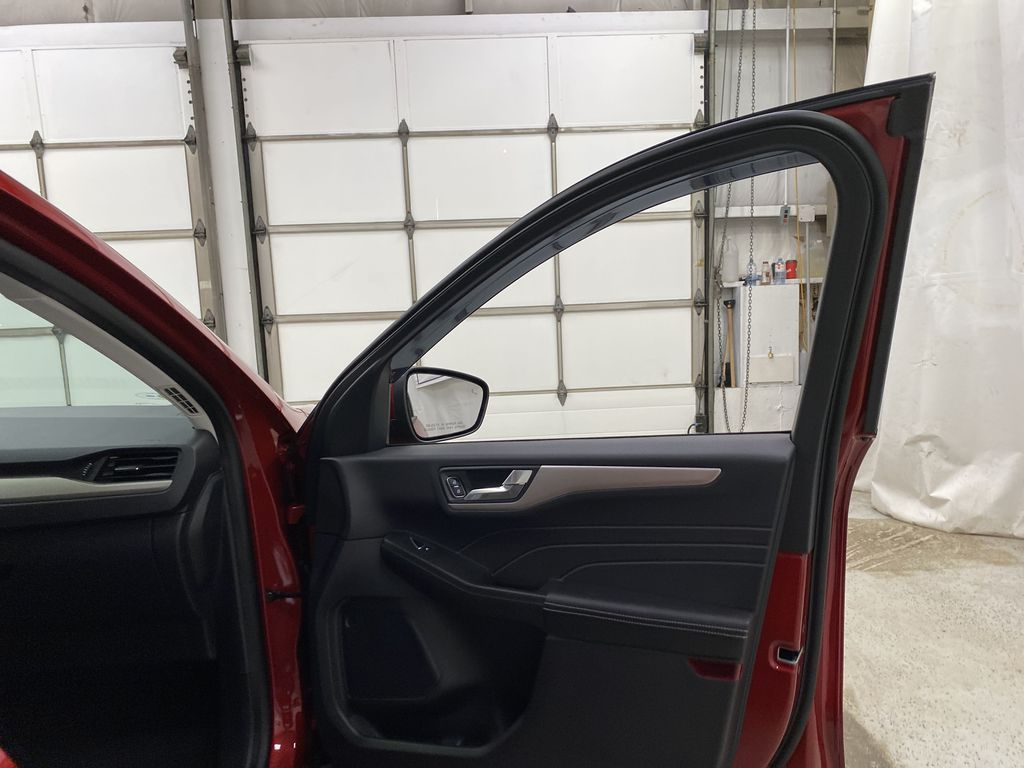 Red[Rapid Red Metallic Tinted Clearcoat] 2021 Ford Escape Right Front Interior Door Panel Photo in Dartmouth NS