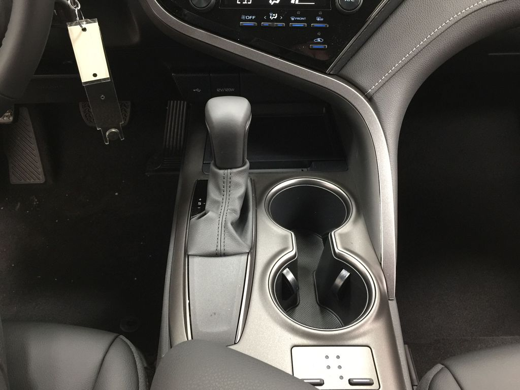 White[Super White] 2021 Toyota Camry SE FWD Lower Dash Photo in Sherwood Park AB
