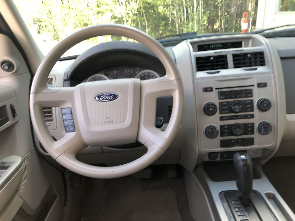 Silver[Silver Metallic] 2008 Ford Escape XLT Strng Wheel/Dash Photo: Frm Rear in Canmore AB