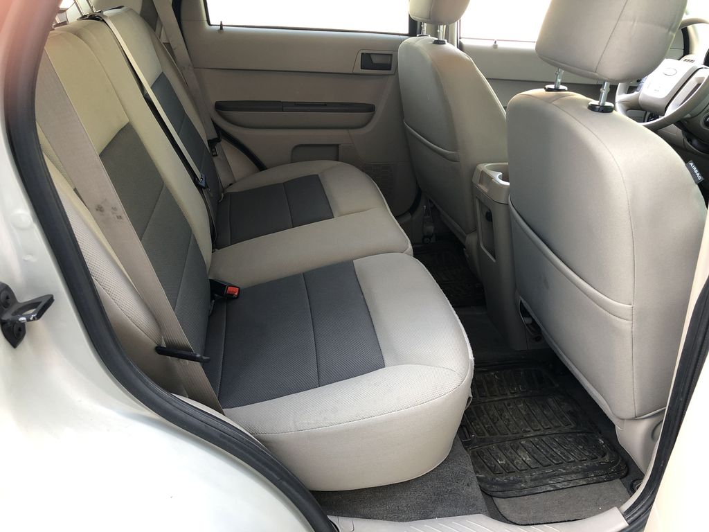 Silver[Silver Metallic] 2008 Ford Escape XLT Right Side Rear Seat  Photo in Canmore AB