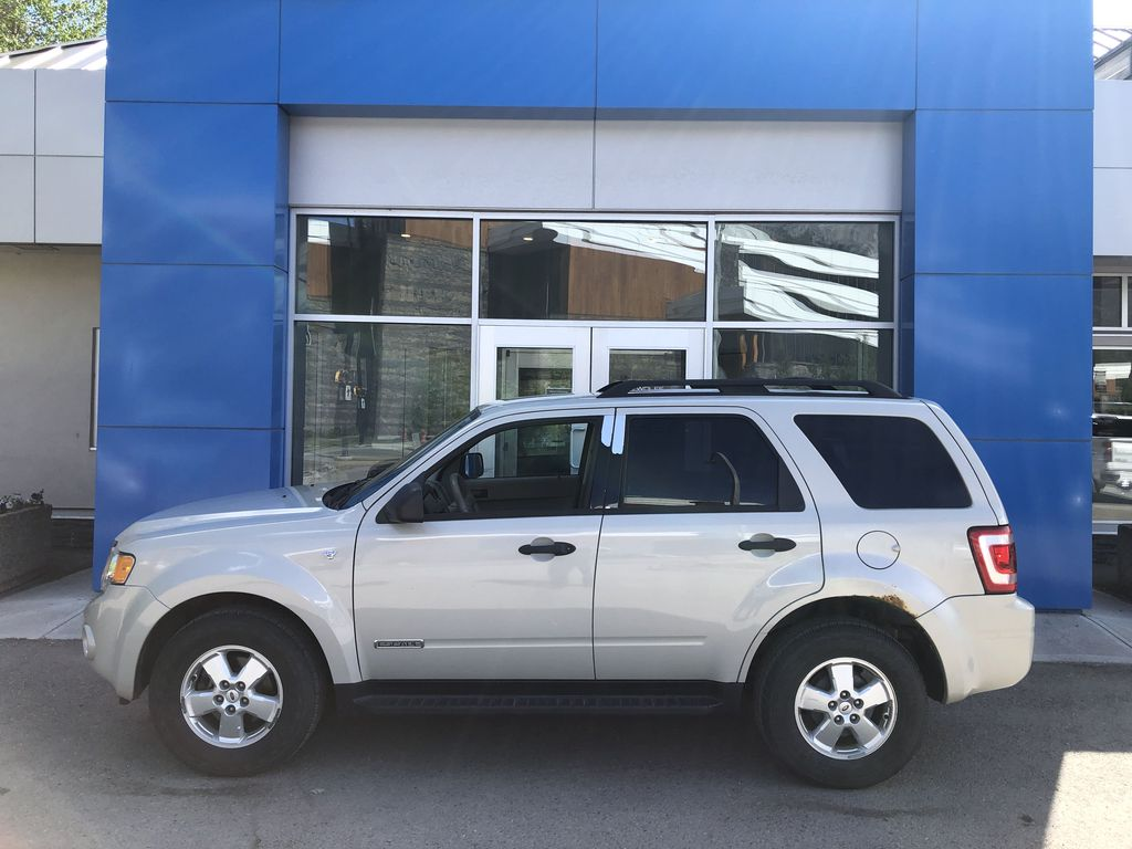 Silver[Silver Metallic] 2008 Ford Escape XLT Left Side Photo in Canmore AB