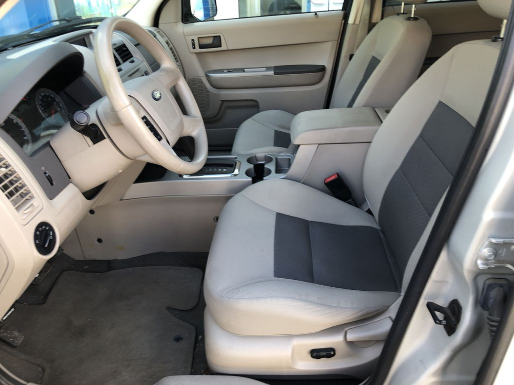 Silver[Silver Metallic] 2008 Ford Escape XLT Left Front Interior Photo in Canmore AB