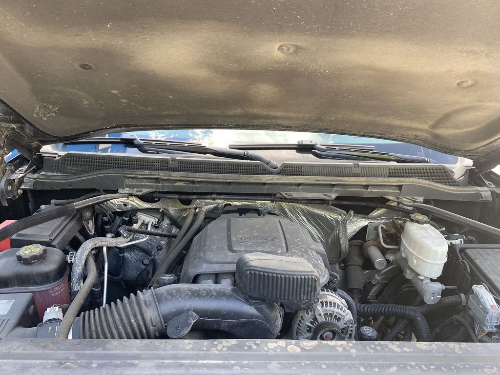 Black[Onyx Black] 2015 GMC Sierra 3500HD Denali Engine Compartment Photo in Canmore AB