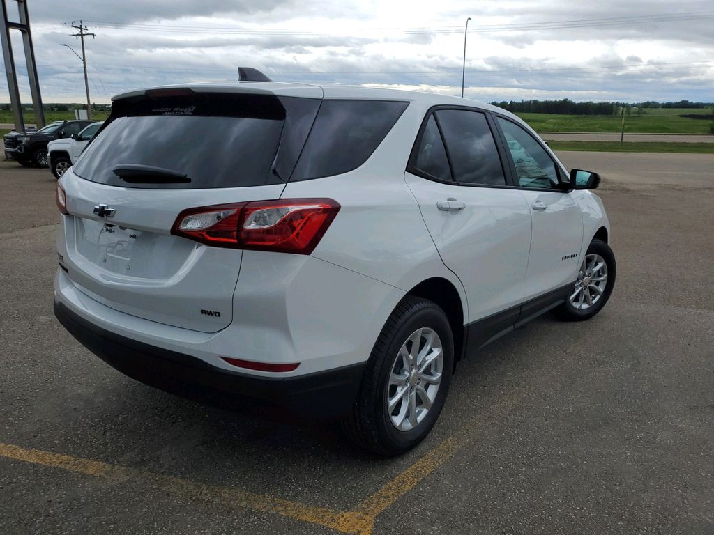 White 2021 Chevrolet Equinox Left Side Rear Seat  Photo in Barrhead AB