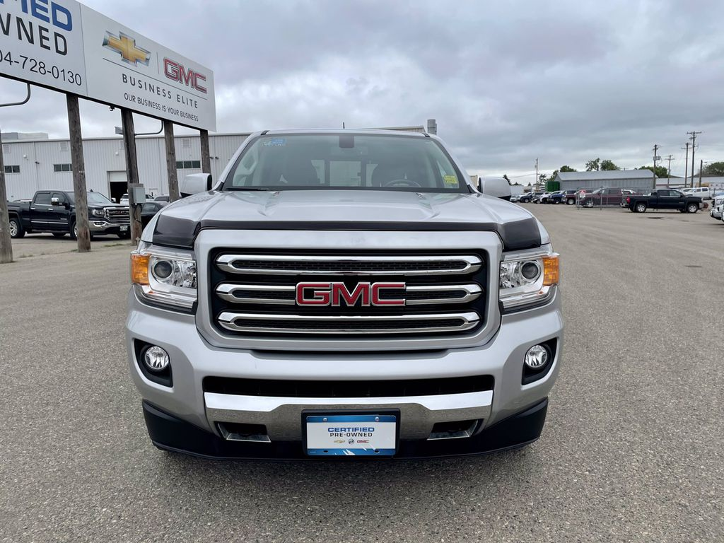 """Silver[Quicksilver Metallic] 2016 GMC Canyon 4WD Crew Cab 128.3"""" SLE *Just Received* Left Front Corner Photo in Brandon MB"""
