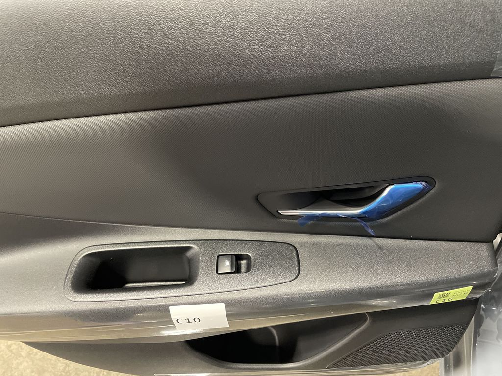 Gray[Electric Shadow] 2021 Hyundai Elantra Central Dash Options Photo in Belleville ON