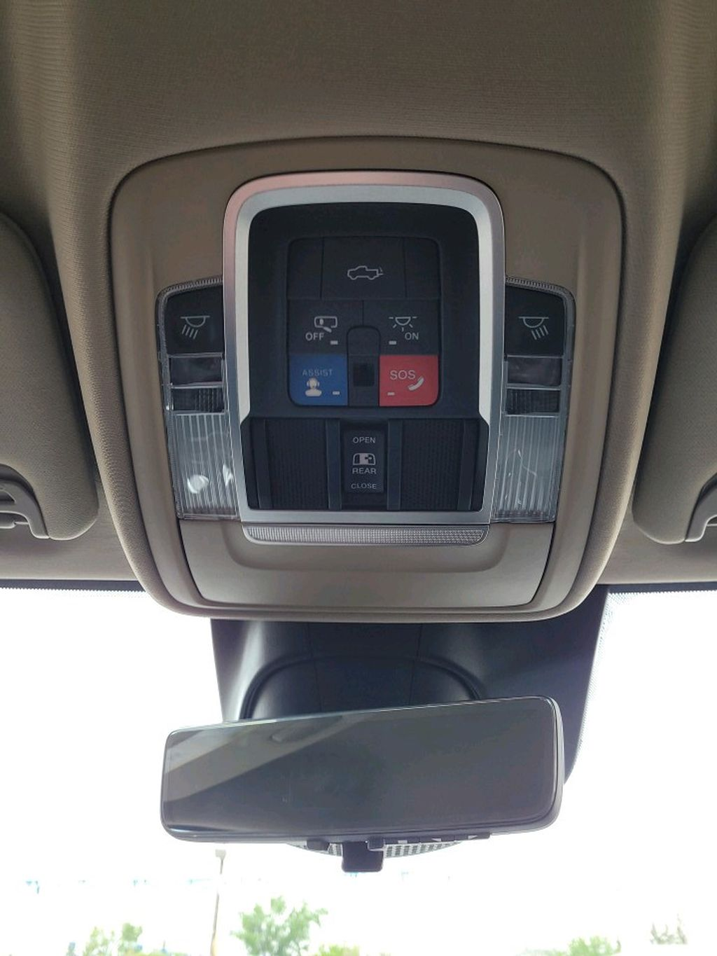 White 2021 Ram 2500 Central Dash Options Photo in Fort Macleod AB