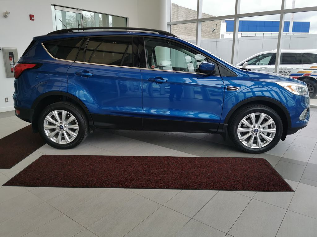Blue[Lightning Blue] 2019 Ford Escape Right Side Photo in Edmonton AB
