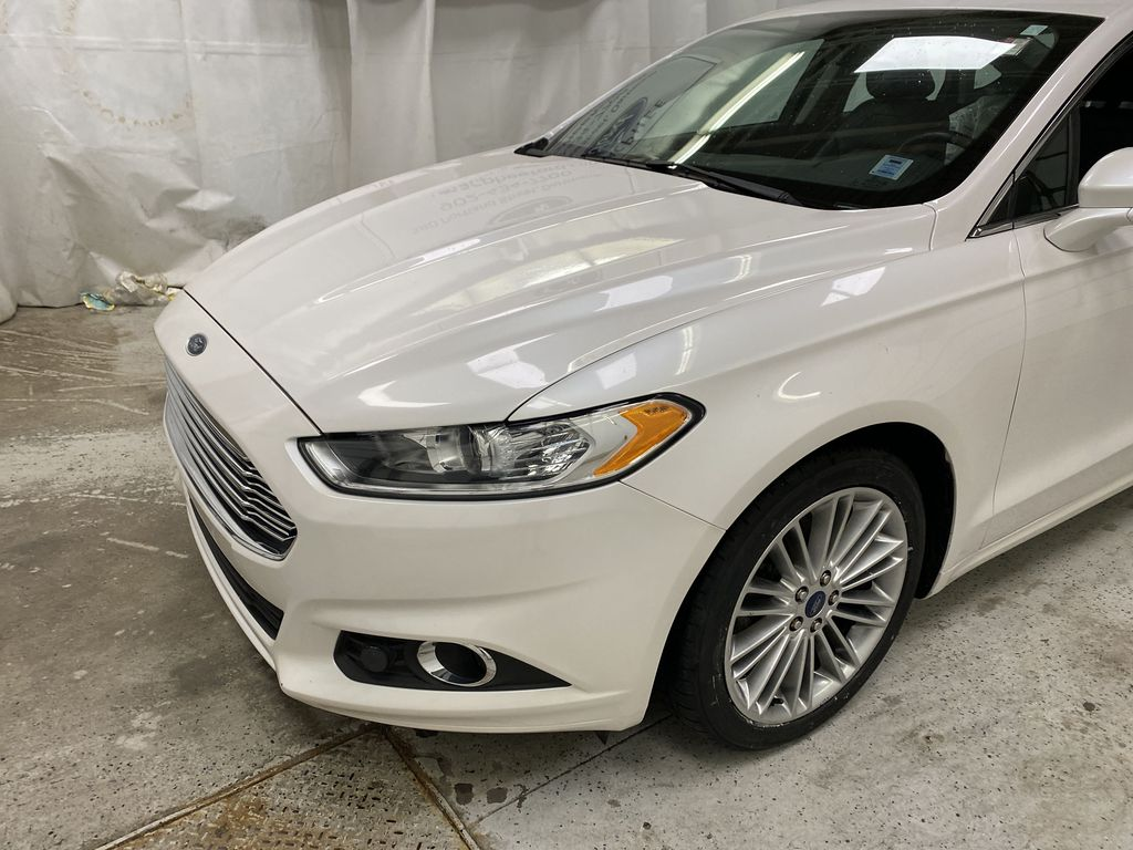 UNKNOWN 2016 Ford Fusion Left Front Corner Photo in Dartmouth NS