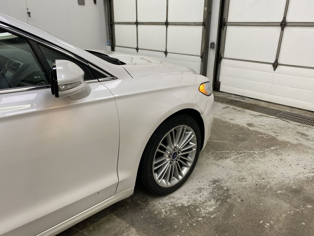 UNKNOWN 2016 Ford Fusion Right Front Corner Photo in Dartmouth NS