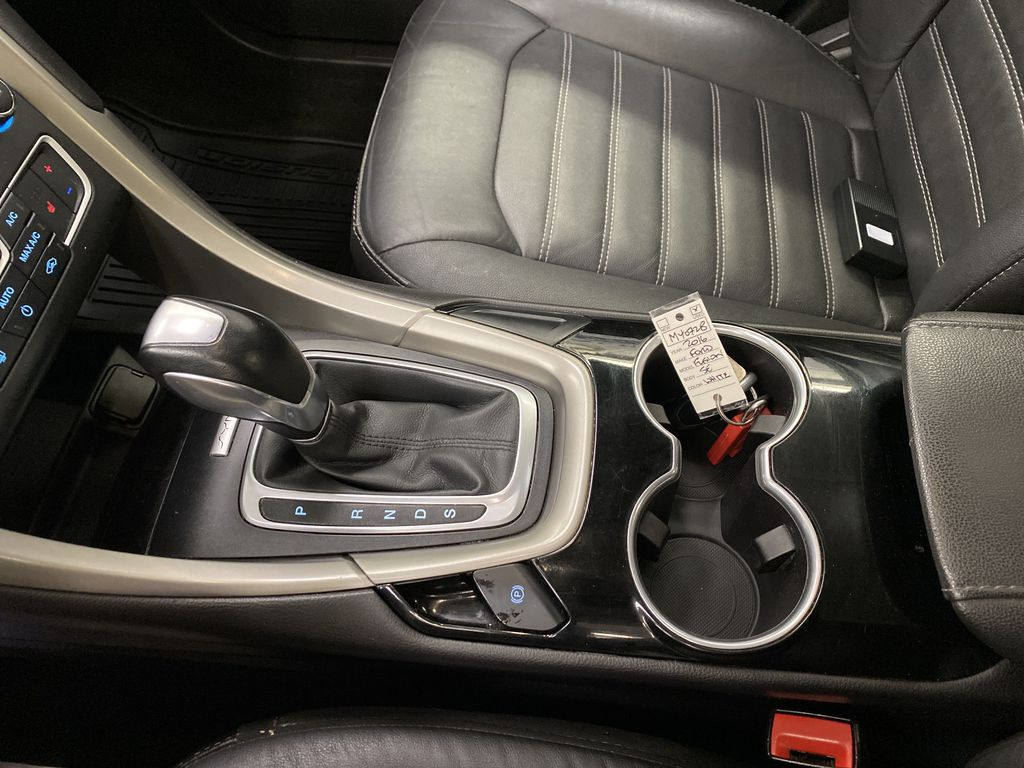 UNKNOWN 2016 Ford Fusion Center Console Photo in Dartmouth NS