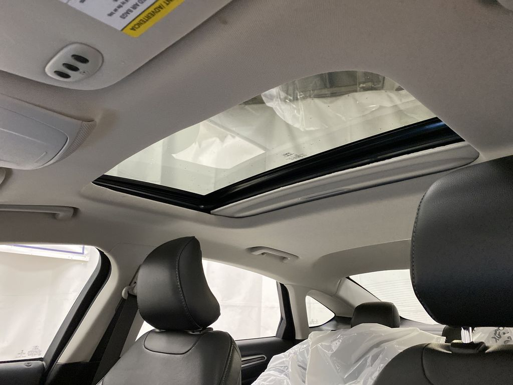 UNKNOWN 2016 Ford Fusion Sunroof Photo in Dartmouth NS