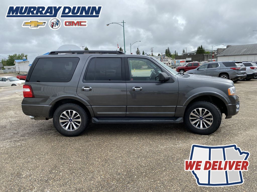 2017 Ford Expedition Right Side Photo in Nipawin SK