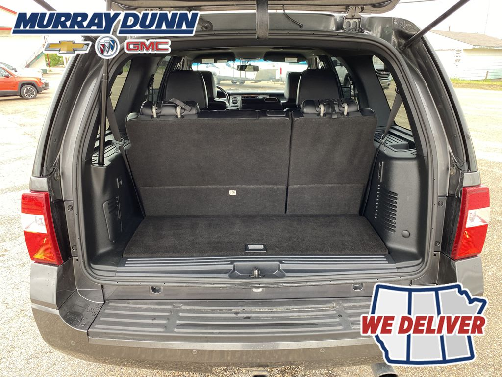 2017 Ford Expedition Trunk / Cargo Area Photo in Nipawin SK