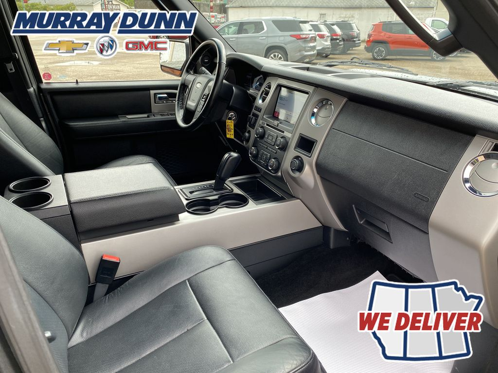 2017 Ford Expedition Front Right Interior Photo in Nipawin SK