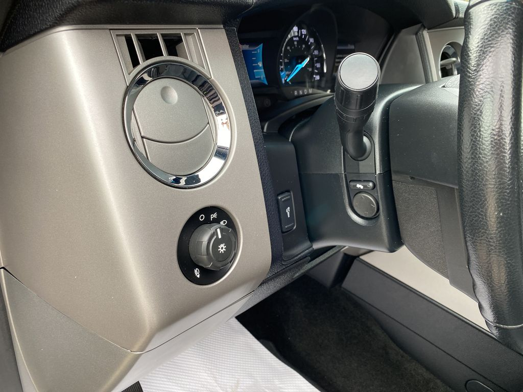 2017 Ford Expedition Push Button Start Photo in Nipawin SK