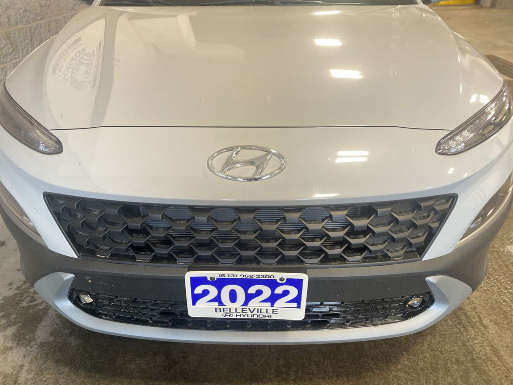 Gray[Cyber Grey] 2022 Hyundai Kona Left Front Rim and Tire Photo in Belleville ON