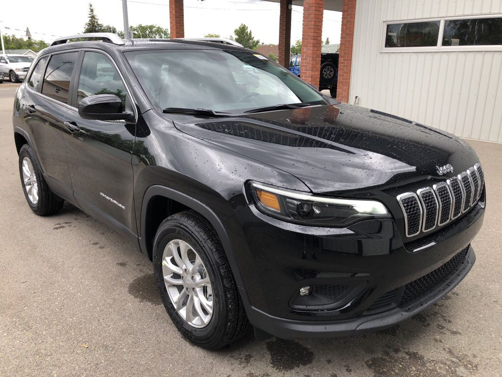 Black 2019 Jeep Cherokee Front Vehicle Photo in Fort Macleod AB