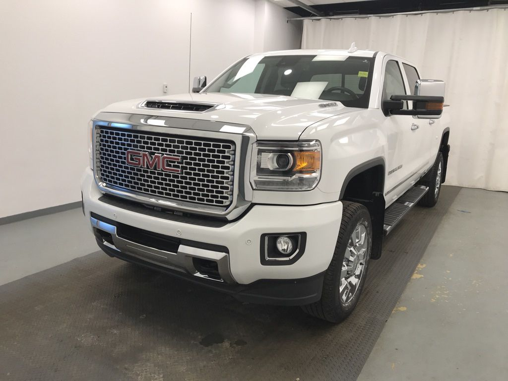 White 2017 GMC Sierra 2500HD Left Front Head Light / Bumper and Grill in Lethbridge AB