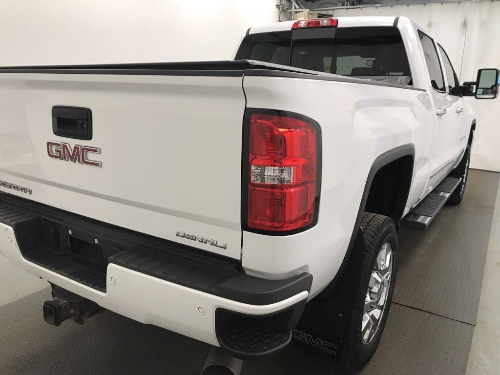 White 2017 GMC Sierra 2500HD Left Front Rim and Tire Photo in Lethbridge AB