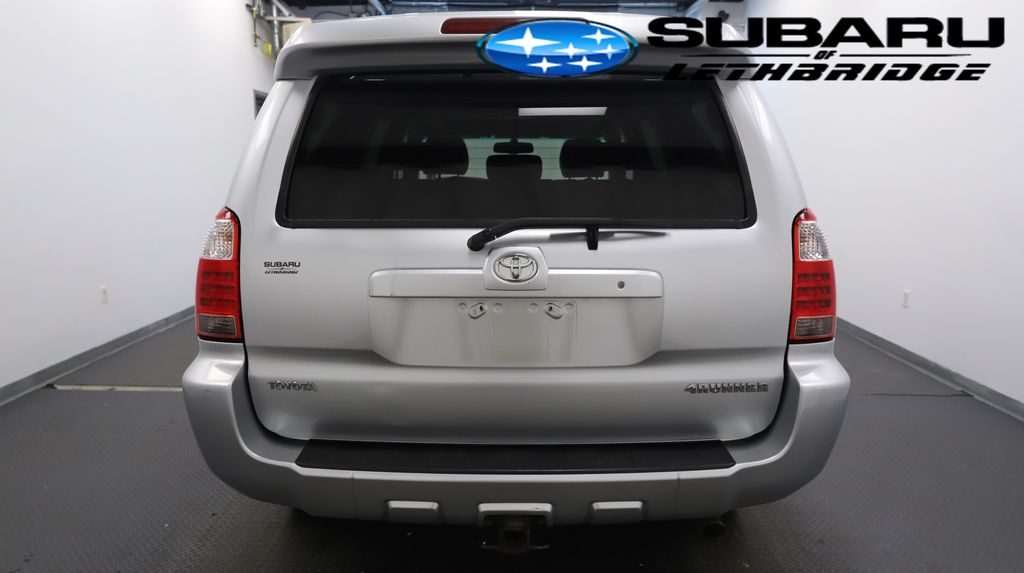Silver 2008 Toyota 4Runner Apple Carplay/Android Auto Photo in Lethbridge AB