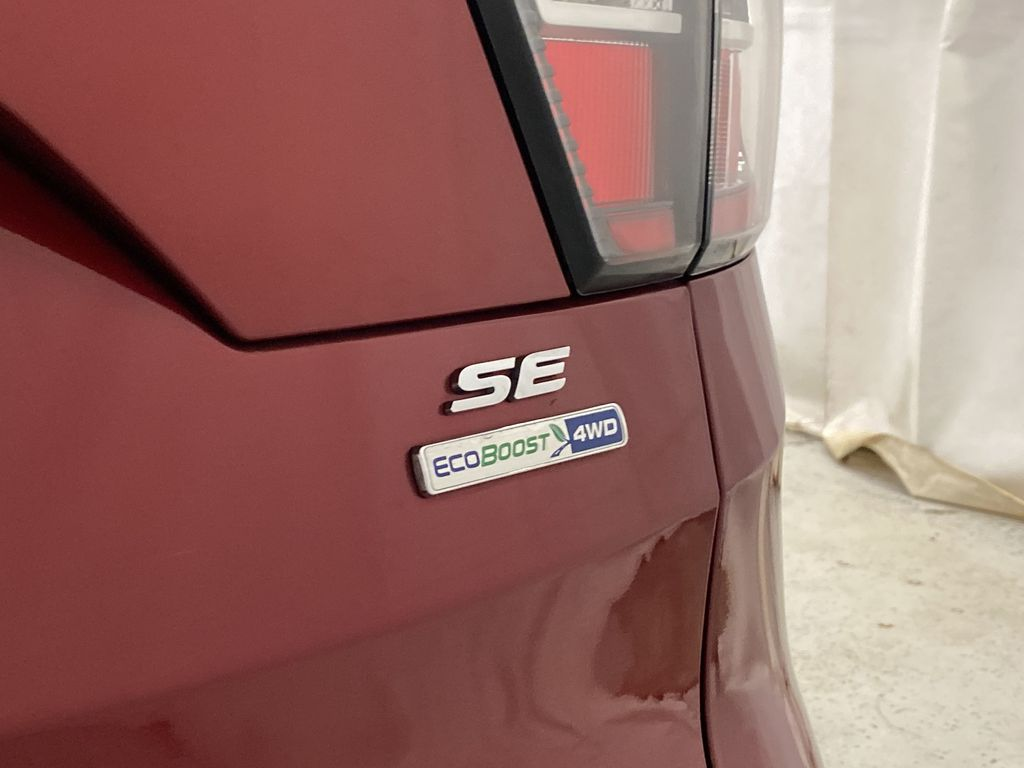 Red[Ruby Red Metallic Tinted Clearcoat] 2017 Ford Escape Trim Specific Photo in Dartmouth NS