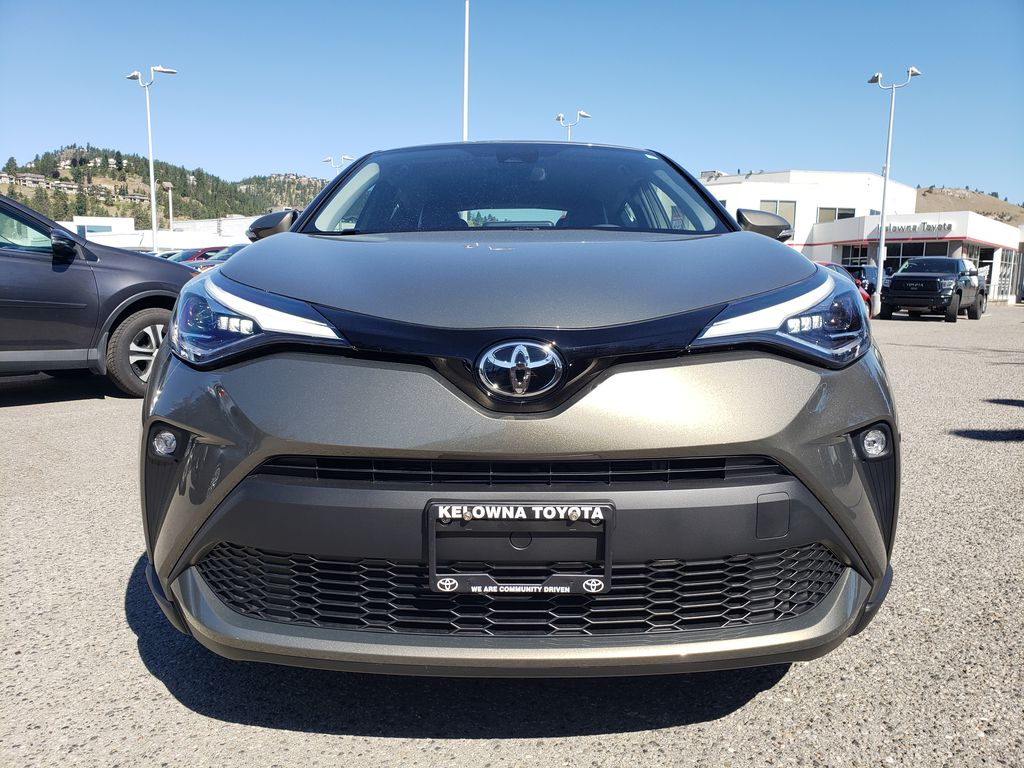 Brown[Bronze Oxide] 2021 Toyota C-HR Front Vehicle Photo in Kelowna BC