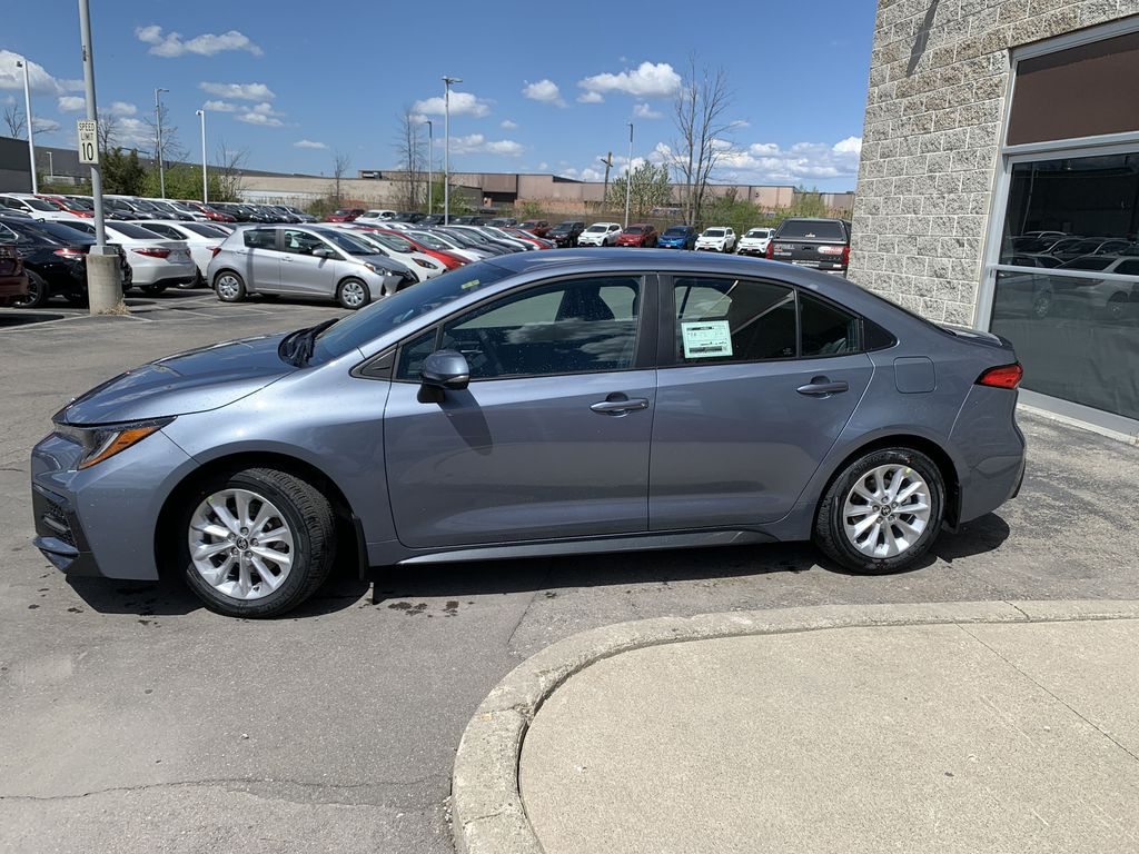 Silver[Celestite] 2021 Toyota Corolla SE Standard Package B4RBSC AM Left Front Rim and Tire Photo in Brampton ON