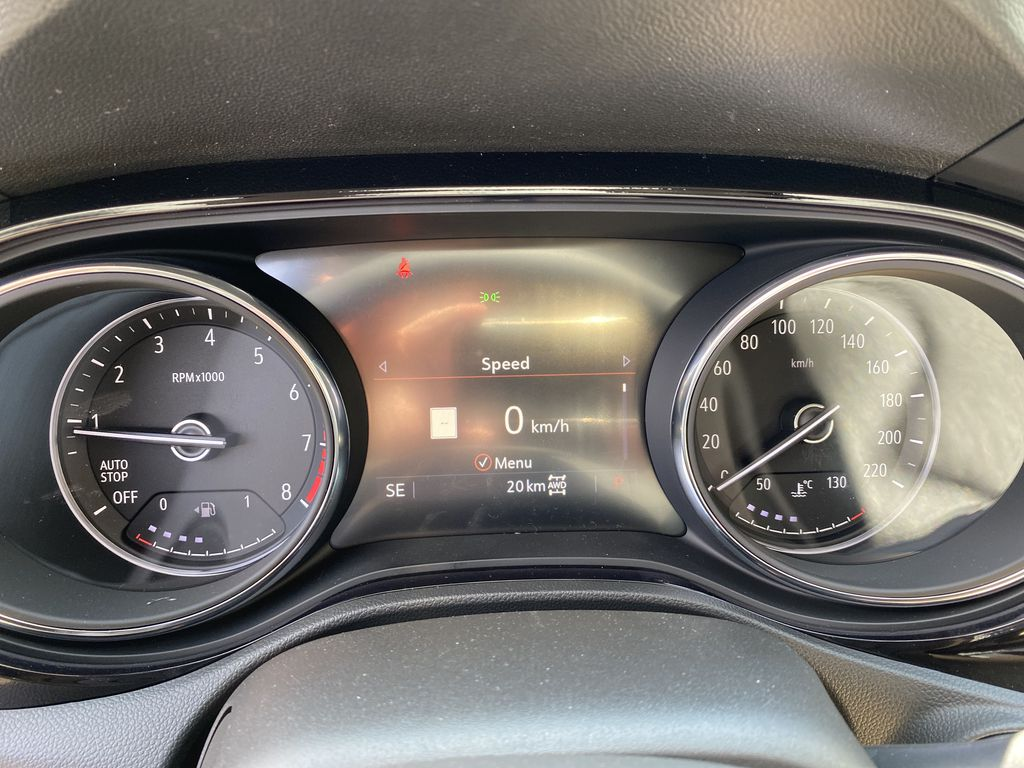 White[Summit White] 2021 Buick Encore GX Central Dash Options Photo in Canmore AB