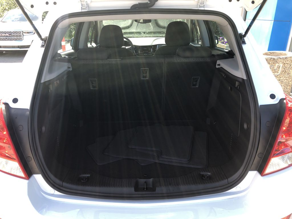 White[Summit White] 2020 Chevrolet Trax Trunk / Cargo Area Photo in Canmore AB