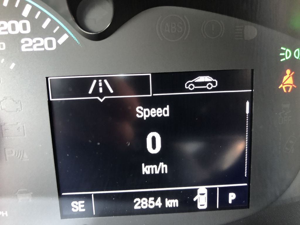White[Summit White] 2020 Chevrolet Trax Odometer Photo in Canmore AB