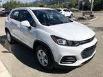 White[Summit White] 2020 Chevrolet Trax Right Front Corner Photo in Canmore AB