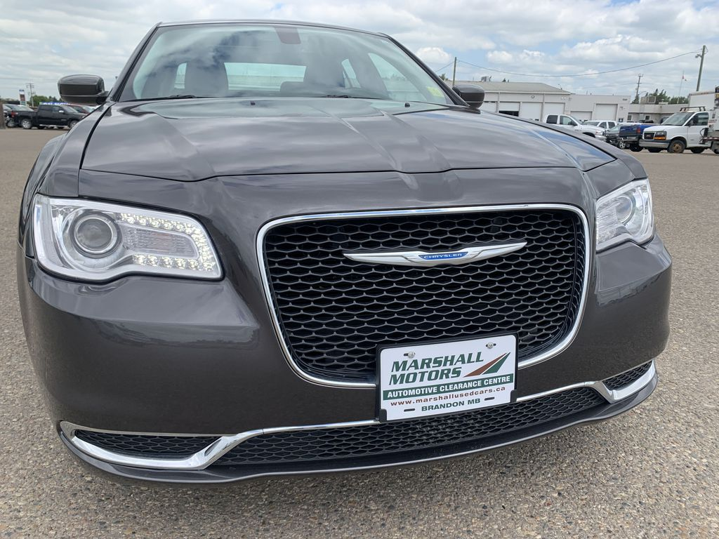 Gray[Granite Crystal Metallic] 2017 Chrysler 3004dr Sdn Touring AWD *Cruise* *TouchScreen* *A/C* Left Front Head Light / Bumper and Grill in Brandon MB
