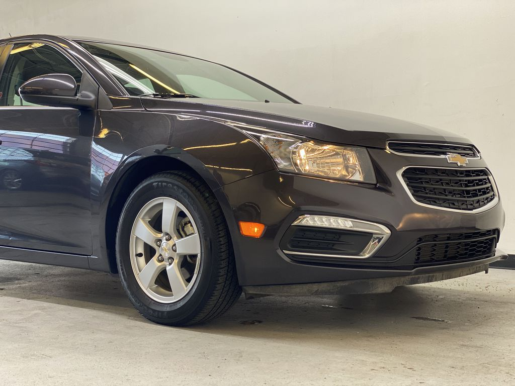 GREY 2016 Chevrolet Cruze Limited 2LT - Remote Start, Backup Camera, Heated Seats Right Front Corner Photo in Edmonton AB