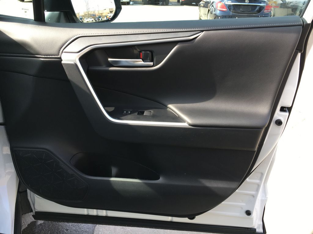 White[Blizzard Pearl] 2021 Toyota RAV4 AWD Limited Package D1RFVT AB Right Side Rear Seat  Photo in Brampton ON