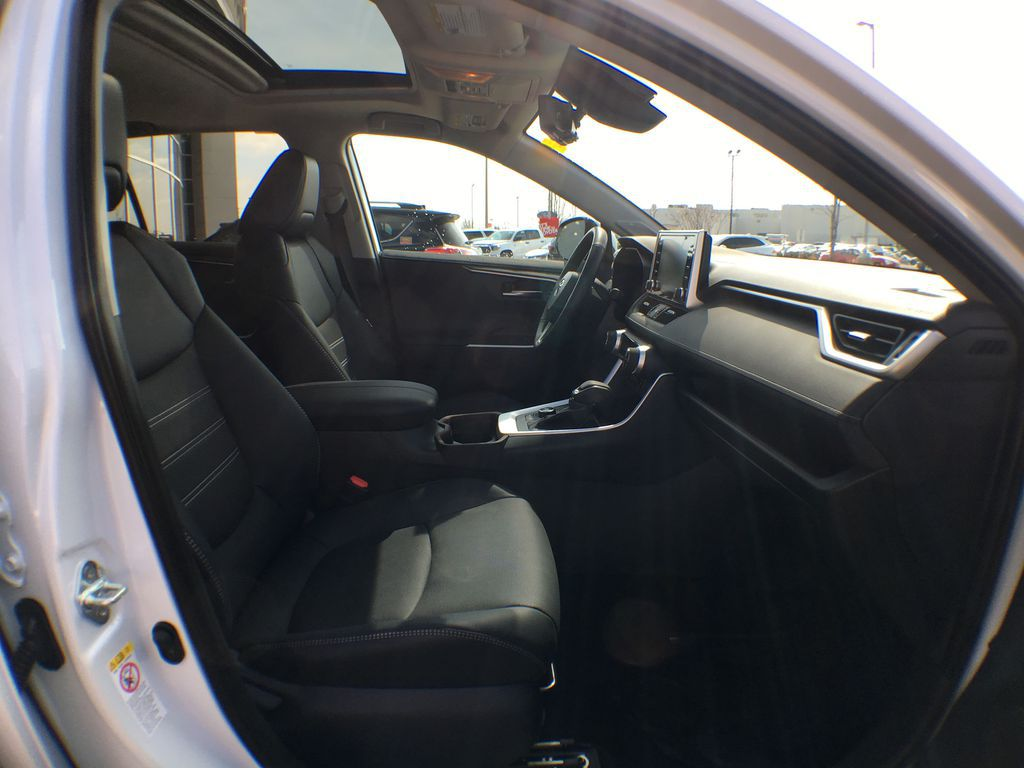 White[Blizzard Pearl] 2021 Toyota RAV4 AWD Limited Package D1RFVT AB Right Front Interior Door Panel Photo in Brampton ON