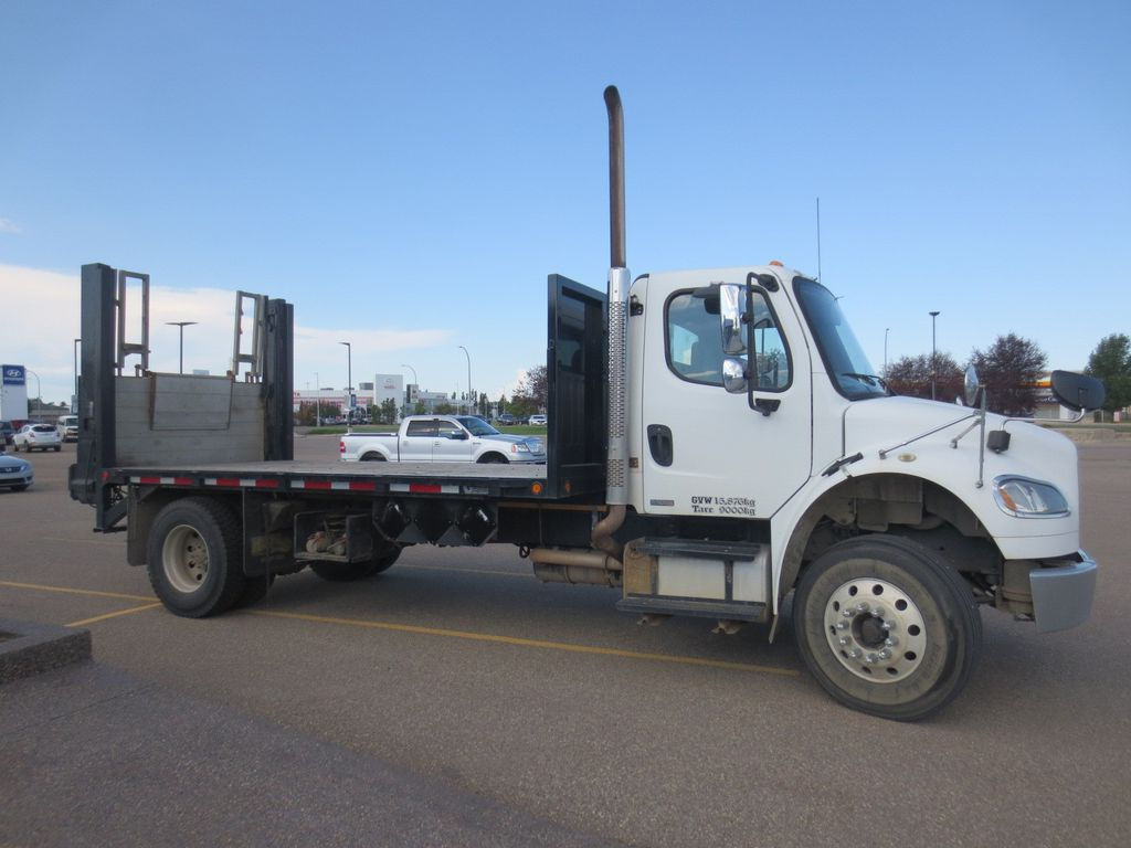 WHite 2008 Freightliner M2 106 Left Front Head Light / Bumper and Grill in Lethbridge AB