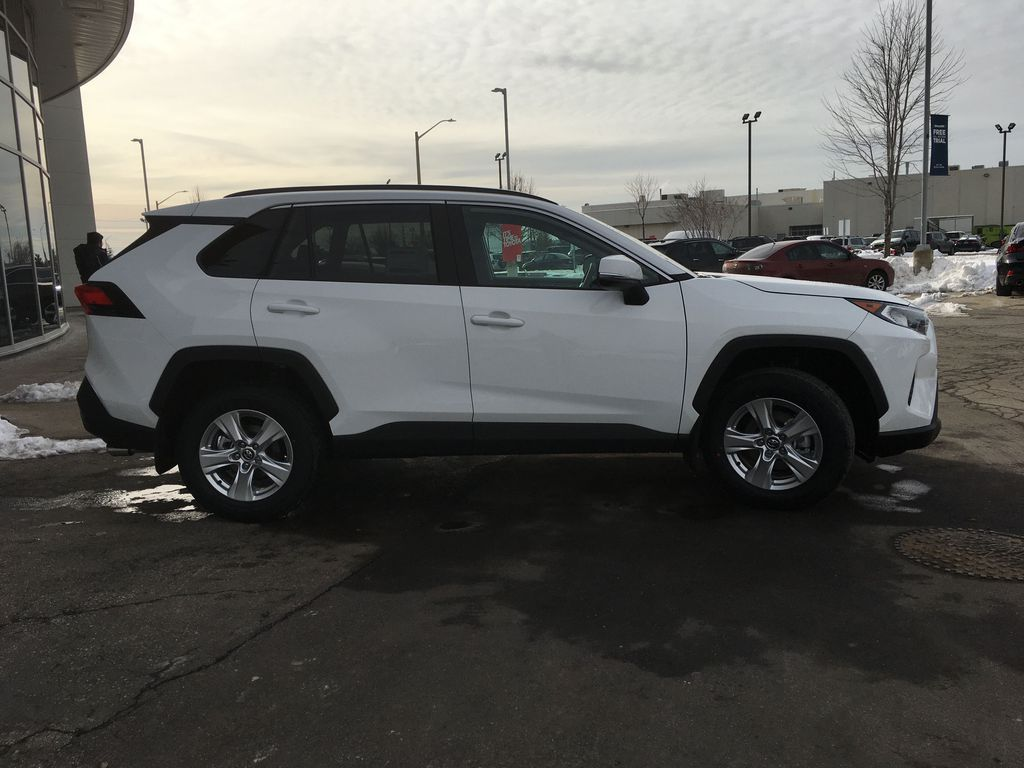 White[Super White] 2021 Toyota RAV4 AWD XLE Standard Package R1RFVT AM Right Side Front Seat  Photo in Brampton ON