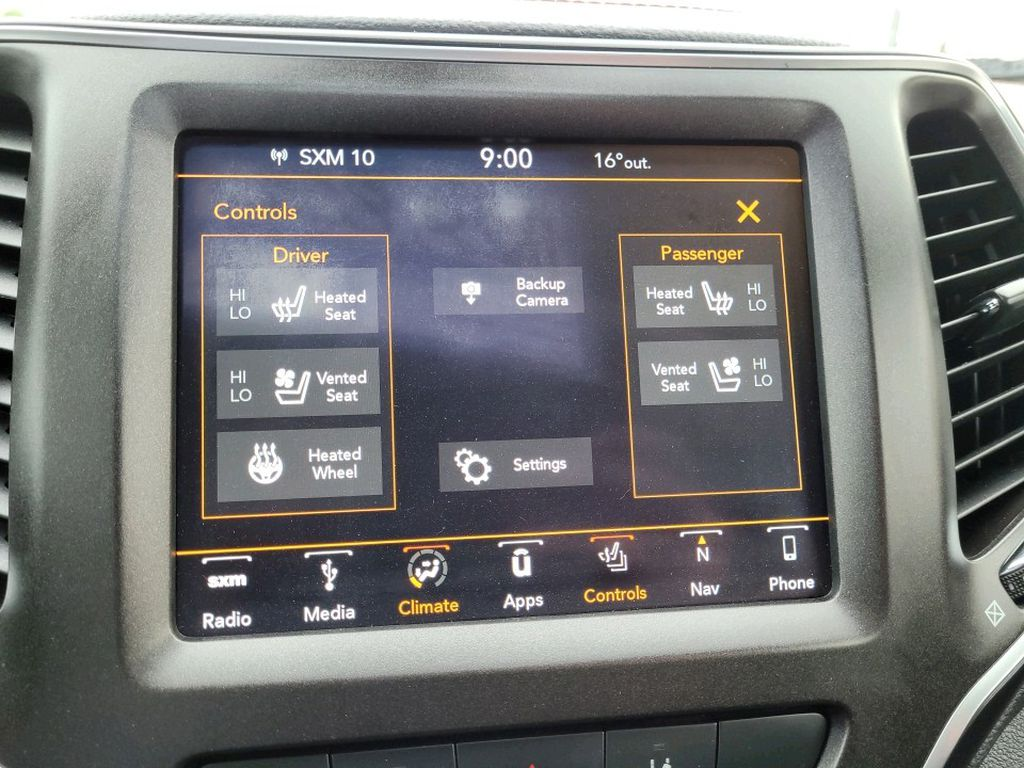 Blue 2019 Jeep Cherokee Steering Wheel and Dash Photo in Fort Macleod AB