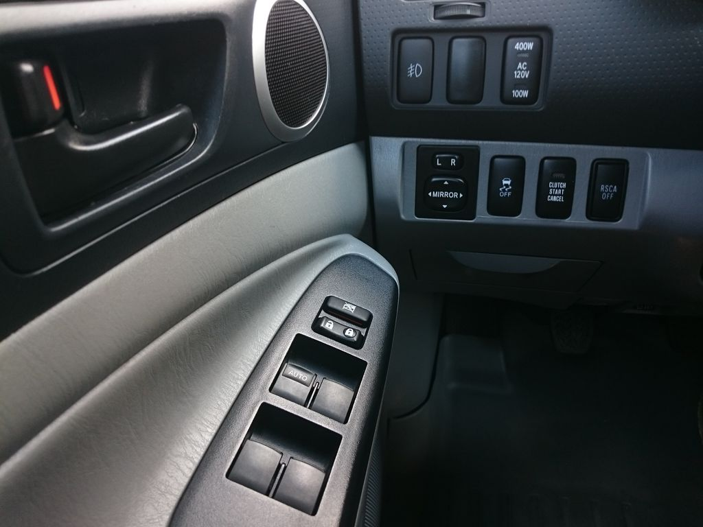 Green[Spruce Mica] 2013 Toyota Tacoma Left Front Interior Door Panel Photo in Kelowna BC